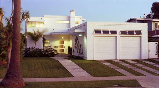 Streamline moderne residence design by mike roy for Streamline moderne house plans